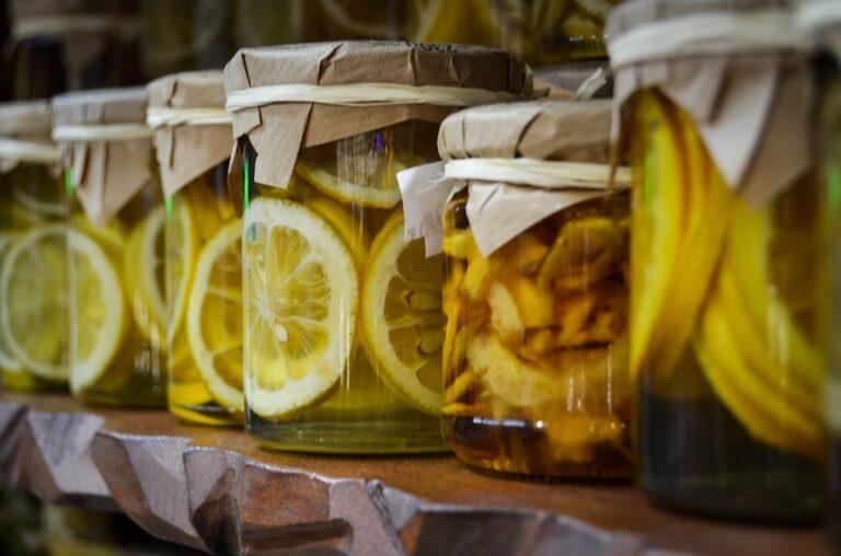 W jakich opakowaniach przechowywać żywność w trosce o zdrowie?